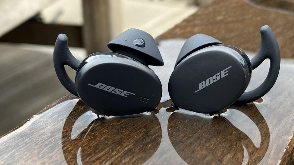 Best Earbuds and Headphones for Workout and Running in 2021