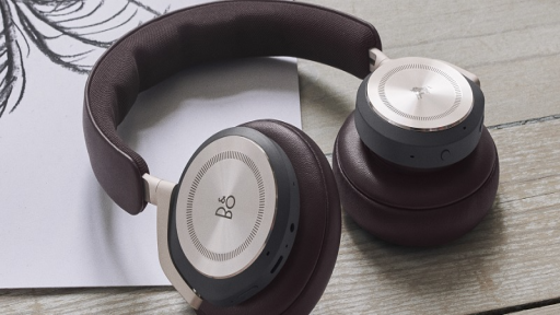 Design of Bang & Olufsen Beoplay HX
